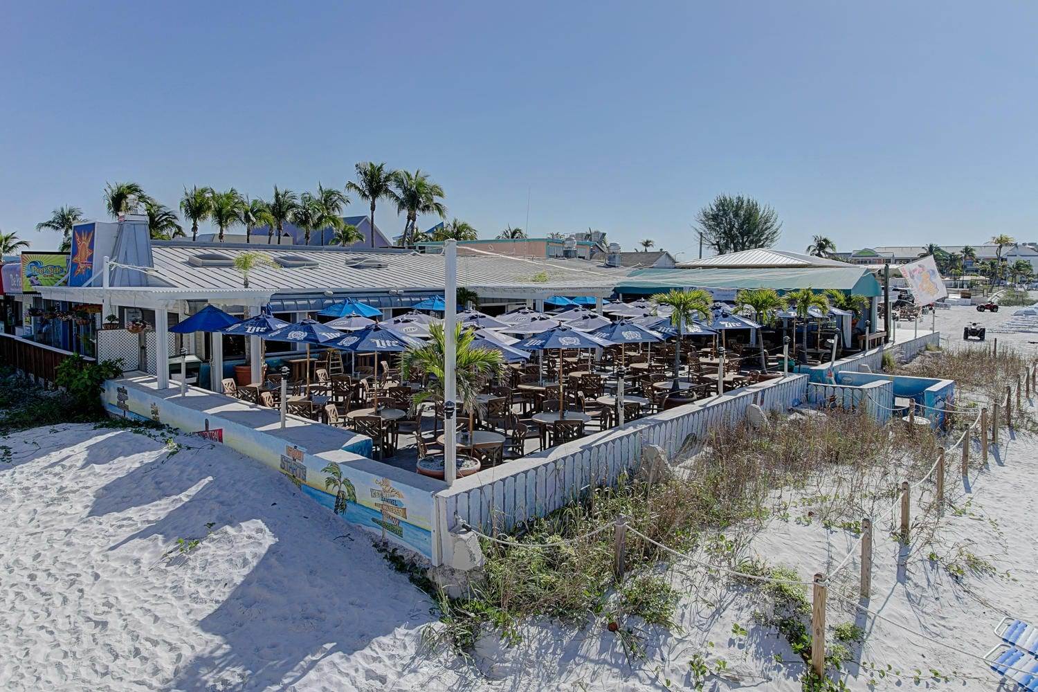 Pierside-Grill-and-Famous-Blowfish-Bar-large-002-DOCKSIDE-29-of-37-1500x1000-72dpi-1
