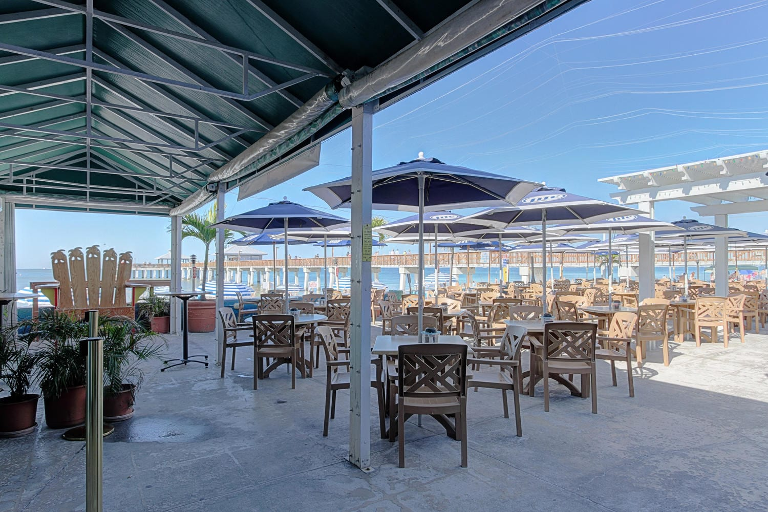 Pierside-Grill-and-Famous-Blowfish-Bar-large-019-DOCKSIDE-22-of-37-1500x1000-72dpi-1